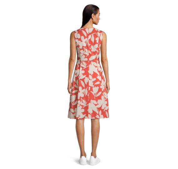 Платье 1079298 Vera Mont - 1079298 фото 1