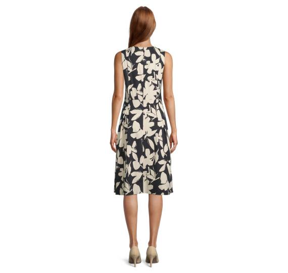 Платье 1079297 Vera Mont - 1079297 фото 4